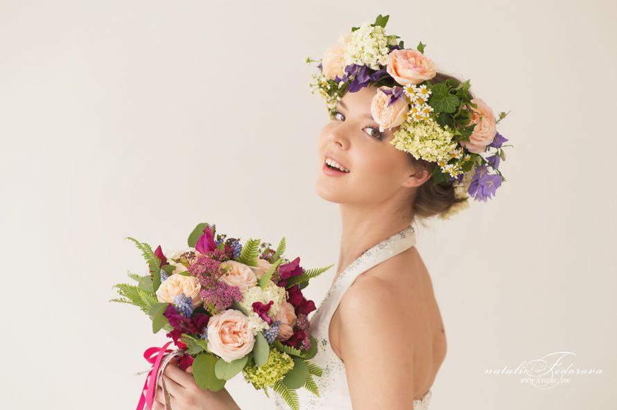 образ невесты, флористический венок, венок для невесты,свадебный венок, цветы в прическу невесте - фото 1079721 Мастерская флористики и декора Scenario