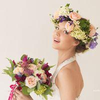 образ невесты, флористический венок, венок для невесты,свадебный венок, цветы в прическу невесте