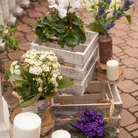 оформление  велкомзоны, прованс, деревянные ящики, свечи, бело-синяя свадьба