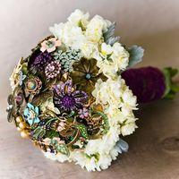Уникальные букеты для невест изброшей