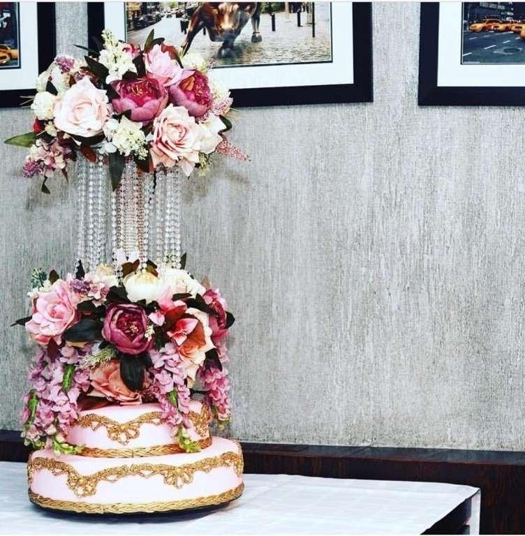 Фото 12260914 в коллекции торты - Иннэсса - свадебные торты из мастики