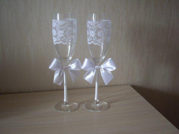 Украсить бокалы своими руками на свадьбу фото