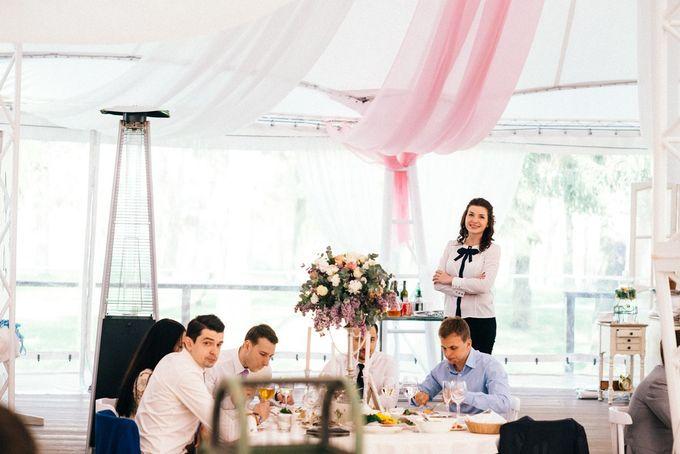 Свадебный распорядитель и регистратор красивой выездной церемонии брака- Валентина Ковердяева . 8-925-080-13-13