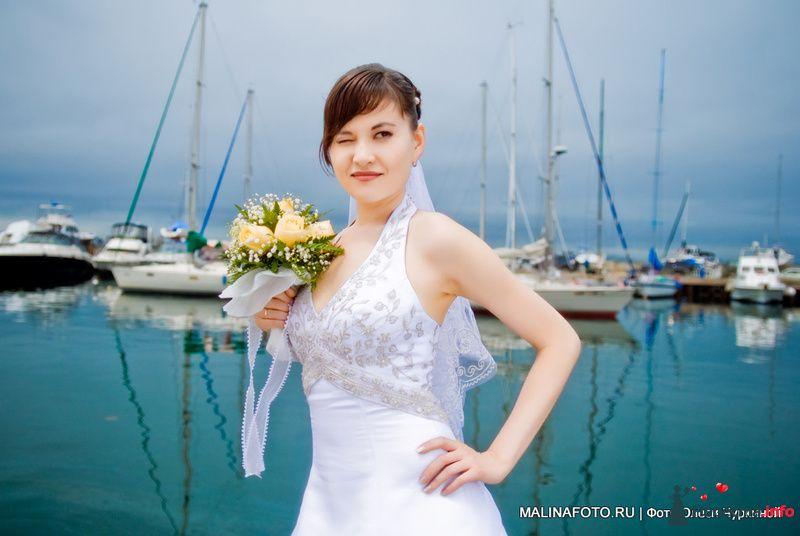 невеста на фоне летнего моря во Владивостоке - фото 122148 malinafoto