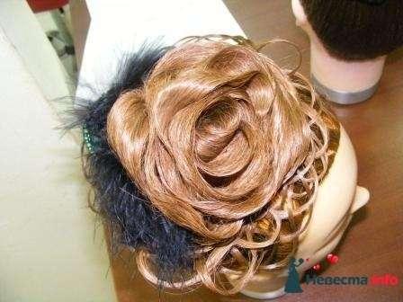 роза из волос - фото 124721 Свадебный стилист Марина Комарова
