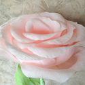 Бумажная роза на ножке