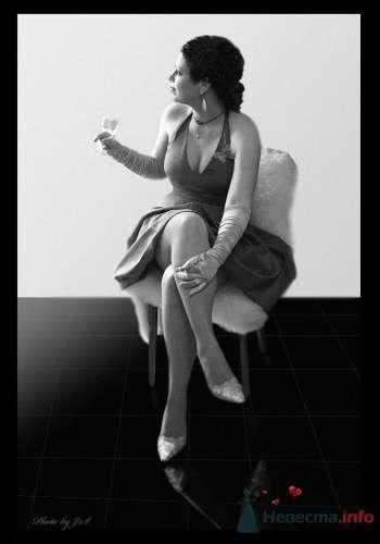 На черном зеркале - фото 11523 Студия Творческой Фотографии