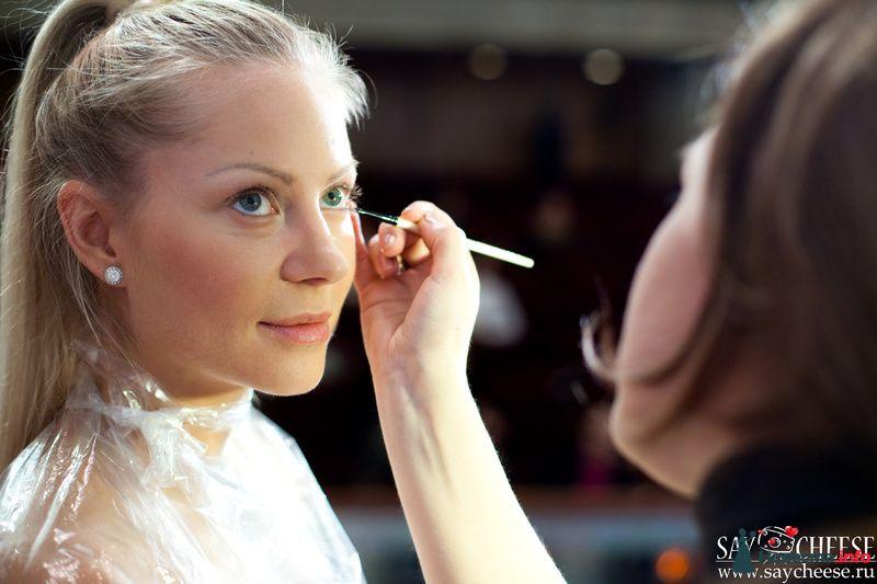 Фото 131860 в коллекции Чемпионат свадебных стилистов Wedding Style 2010 - Свадебный стилист Юлия Зайченко