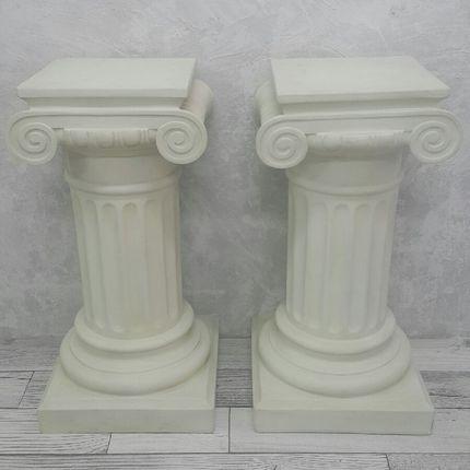 Колонна в греческом стиле