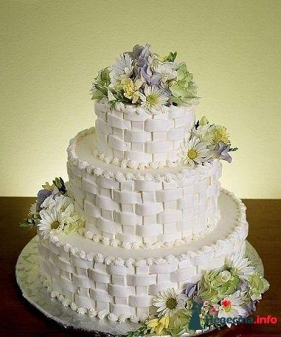 """Фото 128214 в коллекции Свадебные торты - """"Мир Любви"""" - студия свадебных услуг"""