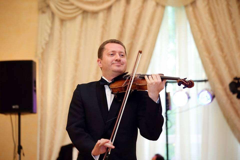 Живая музыка на скрипке украсит самые романтические-интимные моменты свадьбы, - фото 1431139 Скрипач Игорь Коцюбинский