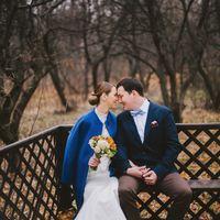 октябрь6 свадьба, осенняя свадьба, белое платье и синее пальто