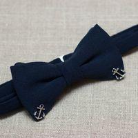 Галстук-бабочка темно-синего цвета с якорями. Мягкая костюмная ткань, в составе шерсть Стоимость 900р.  Чтобы заказать пишите в л.с.  или по т. +7 950 038 54 26