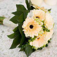 Букет невесты из желтых гербер