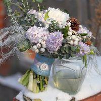 Зимний букет с гиацинтами