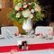 клубничная свадьба композиция на стол гостей