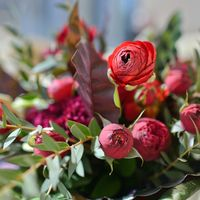 букет невесты красный бордовый малиновый
