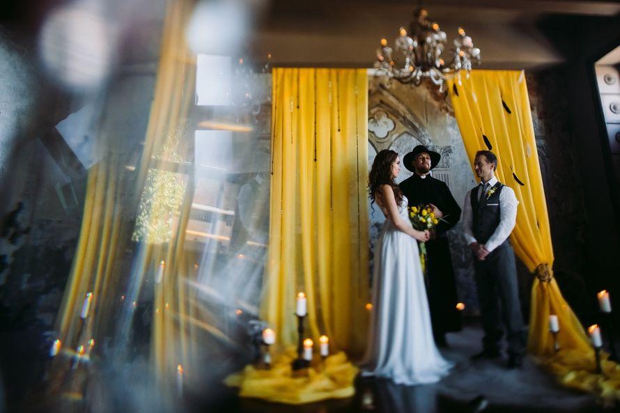 """желтая черная свадьба выездная регистрация - фото 6106675 Студия флористики и декора """"Глориоза"""""""
