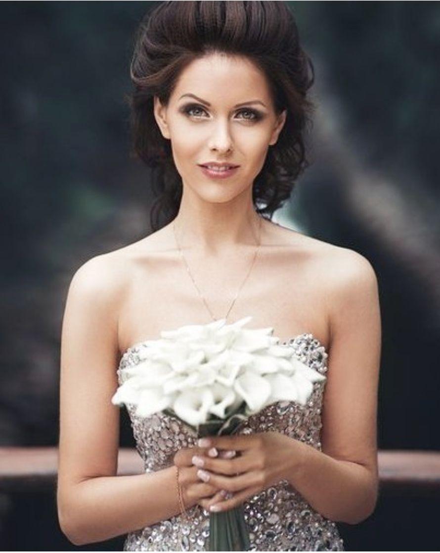 """белый букет невесты из калл - фото 16311542 Студия флористики и декора """"Глориоза"""""""