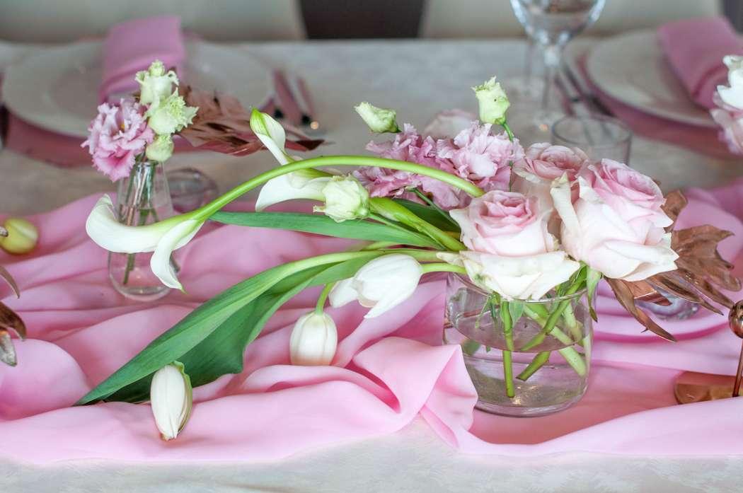 """оформление стола каллы тюльпаны - фото 17437368 Студия флористики и декора """"Глориоза"""""""