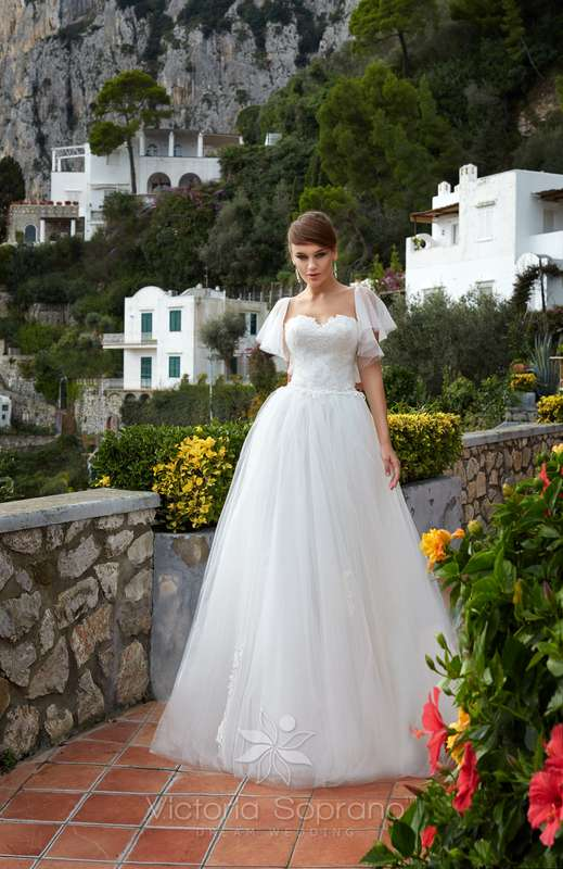 Penelopa - фото 13809700 Bondi blue - салон свадебных платьев