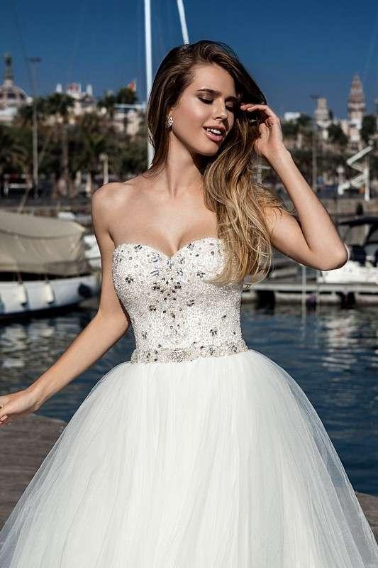 Fina - фото 14011674 Bondi blue - салон свадебных платьев