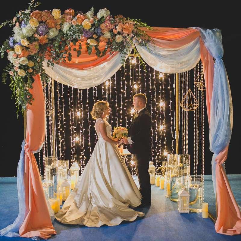Арка-хупа (куб) с частичным декором - фото 17316280 Premiumflor - декор и флористика