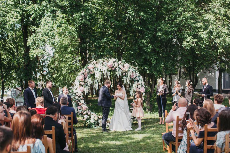 Арка-кольцо - фото 17316288 Premiumflor - декор и флористика