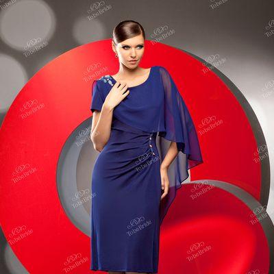 668d6a5091771cc ... платья может быть от 40 размера до 62 . или даже еще больше. Ниже  приведу несколько примеров достаточно удачных моделей платьев. Специально на  моделях с ...