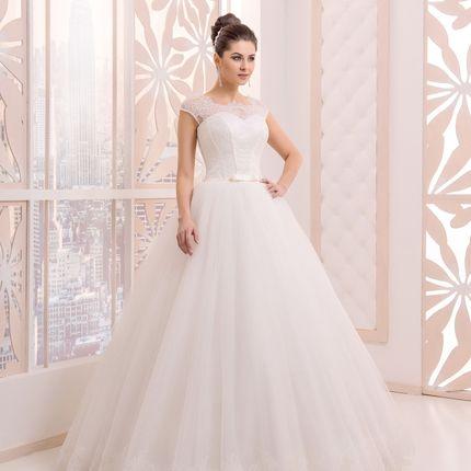Свадебное платье в аренду, модель А976