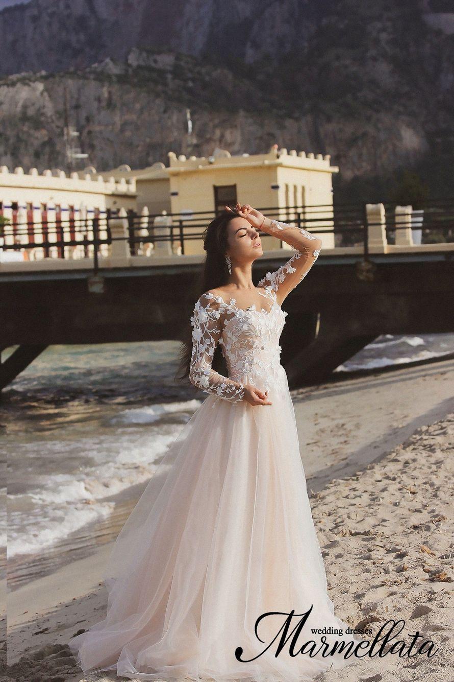 Платье пышное А1652