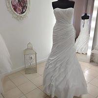 Свадебное платье А2078. Продажа 3.500 руб. Прокат свадебных и вечерних платьев от 1.900 руб. до 14.500 руб. Есть отдельно ряд платьев для проката.