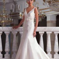 Marissa: элегантное и лаконичное платье силуэта «годе». V-образный вырез и минималистичный декор, подчеркнутый текстурой ткани, создают утонченный и выдержанный образ. Ткань: сатин-микадо Цвет платья: белый, молочный, кремовый, шампань, красны, голубой,