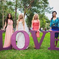 Огромные буквы для фотосессии можно взять в аренду или изготовить специально для Вашей свадьбы!