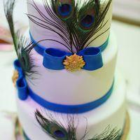 Свадебный торт с перьями вавлина 12 кг