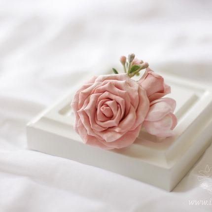 Заколка для волос с айвори-розой