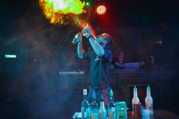 "бармен-шоу - фото 1879597 Творческое объединение ""Студия Успех"""