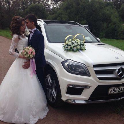 Аренда Mercedes GL 2014, цена за 1 час