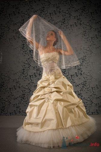 """Свадебное платье - фото 15099 Свадебный салон """"Хельга"""""""