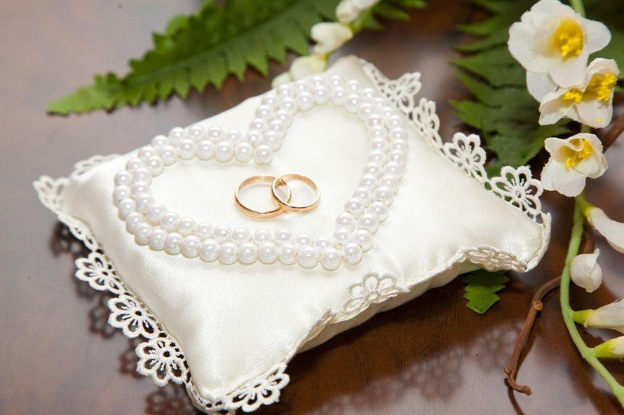 Подушечка для колец на свадьбе Веры и Владимира - фото 2819975 Невеста01