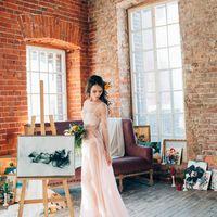сборы невесты в лофте, в фотостудии