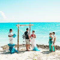 гости, свадебная церемония, море, скалы, доминикана, остров Саона, свадьба на Саоне
