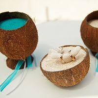 Подушечка-кокос для колец на свадьба в Доминикане