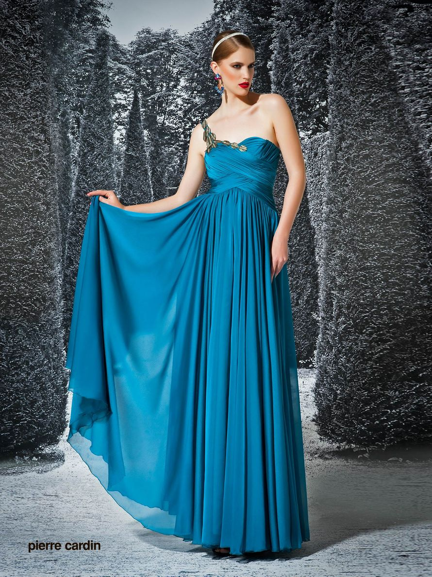 Платья от кардена