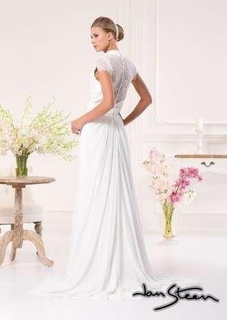 Фото 2415073 в коллекции Свадебные платья - Ваниль - свадебный салон