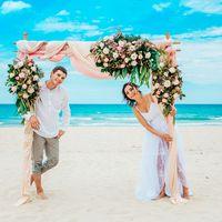 свадебная церемония в Нячанге с аркой