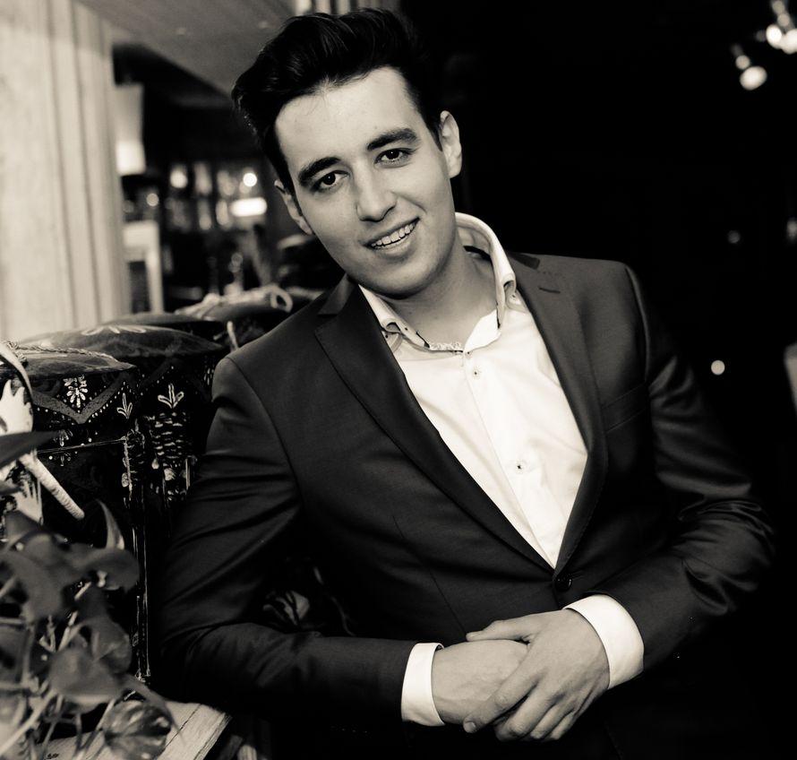 актер антон корольков биография фотографии свои фото льгова