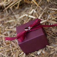 Коробочка для колец на свадьбе в ковбойском стиле