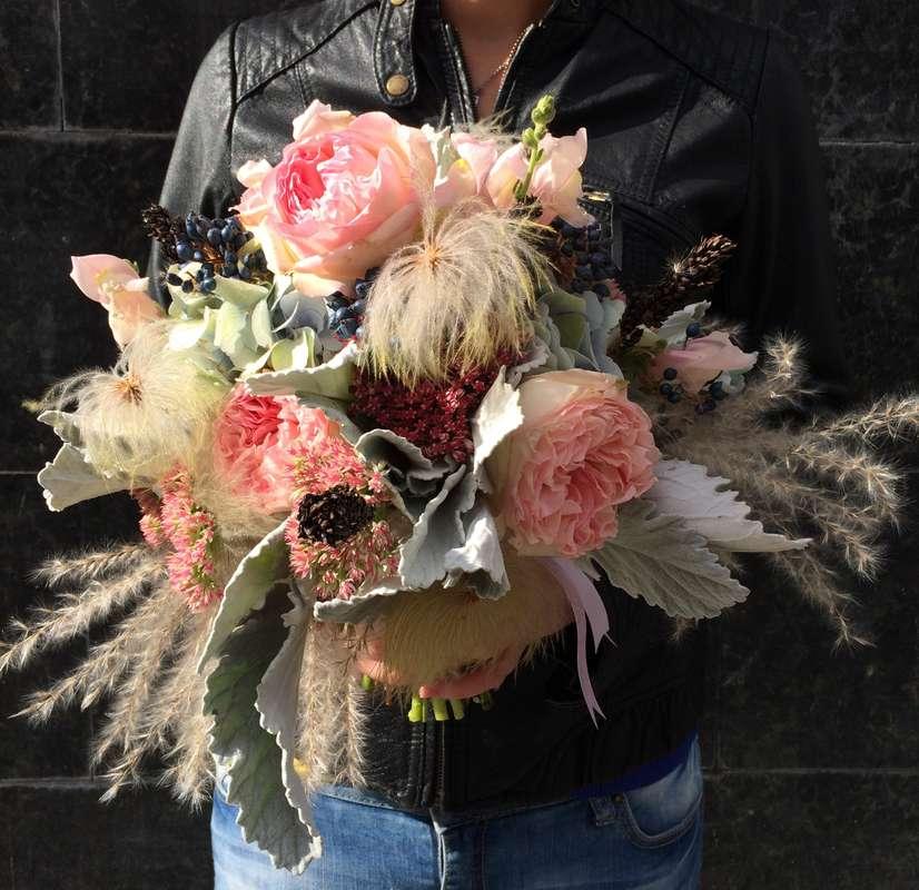 Букет невесты в розово-голубых пастельных тонах - фото 5747313 Green Umbrella - флористика и декор