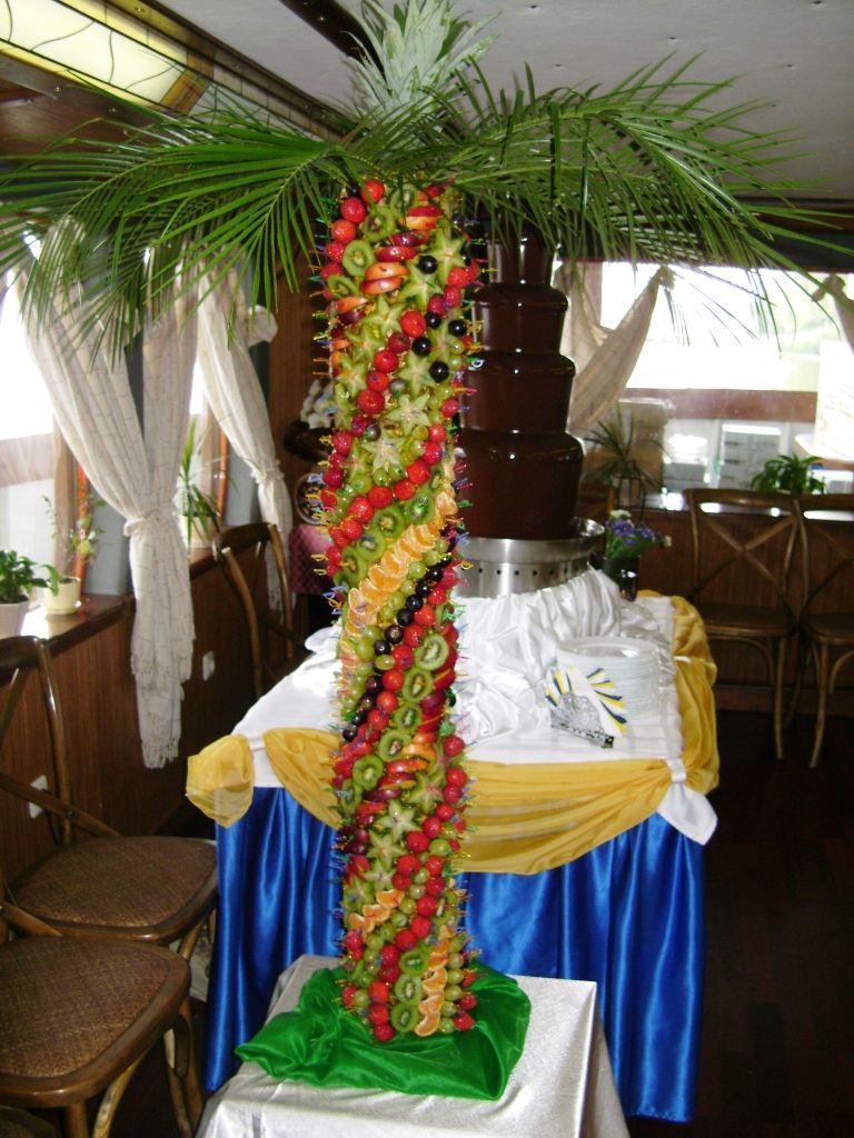 Фруктовая пальма на свадьбу